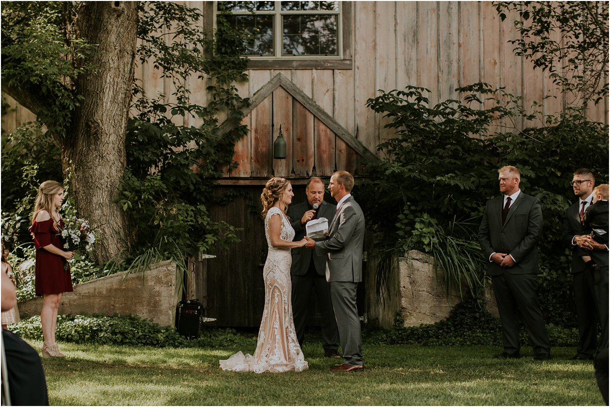 Milt's Barn Minnesota Wedding 187.jpg